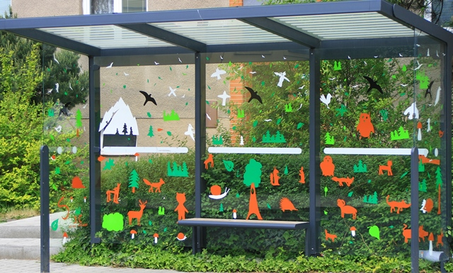 Schools-ran-a-competition-for-the-best-decorated-bus-stop.jpg