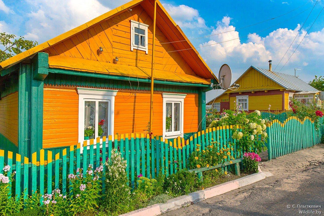 как покрасить деревенский дом картинки правило