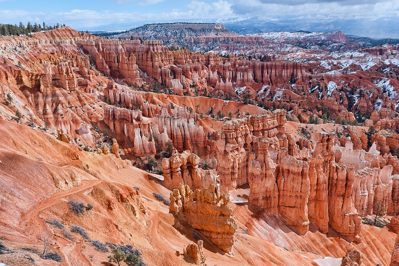 BryceCanyon-View1.jpg
